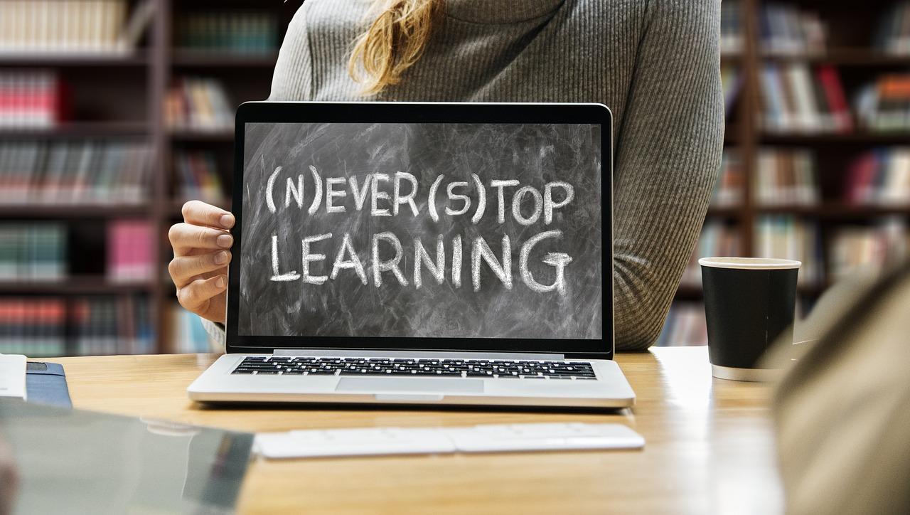 Quand se former en rédaction Web ? À qui s'adresse la formation ?