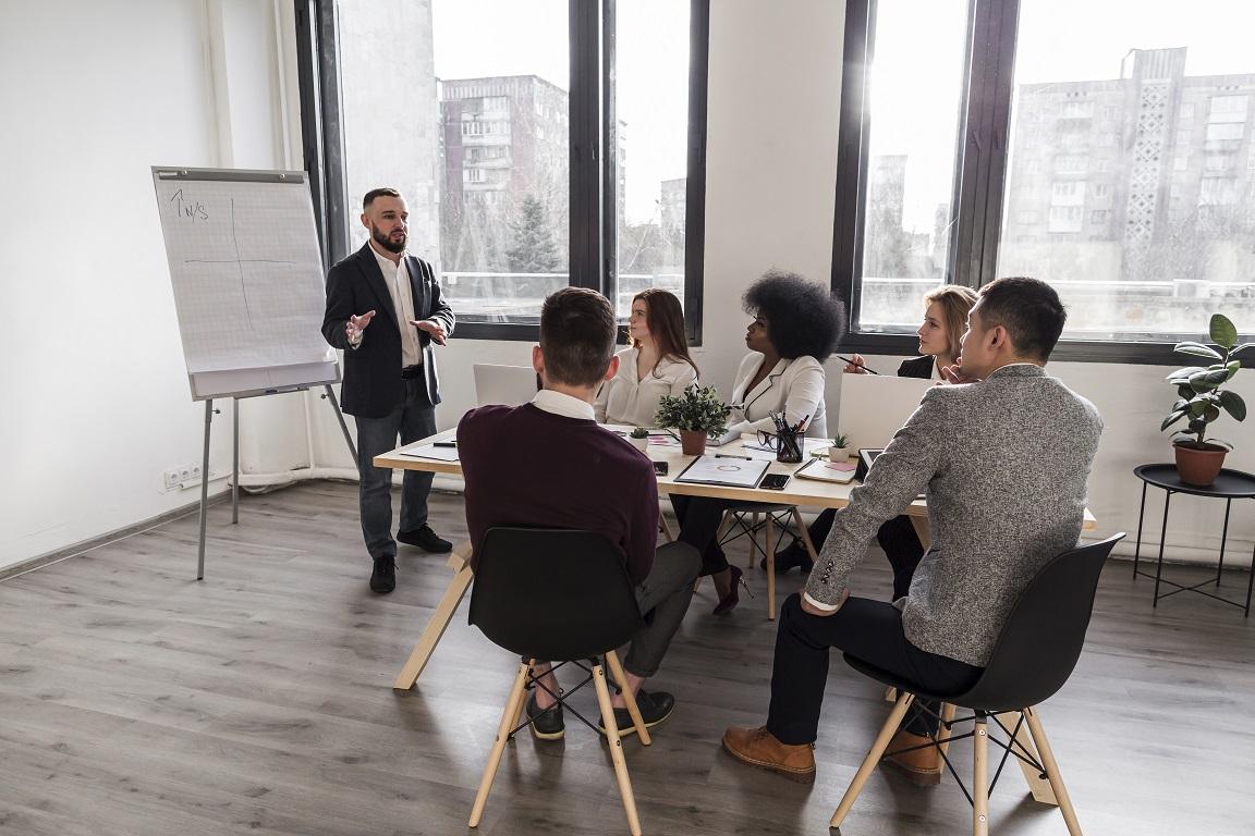 Les entreprises aussi peuvent offrir la formation rédacteur web SEO à leurs équipes en interne