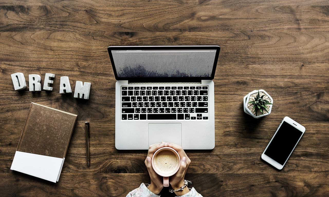 Travail à domicile, le métier parfait : rédacteur Web !