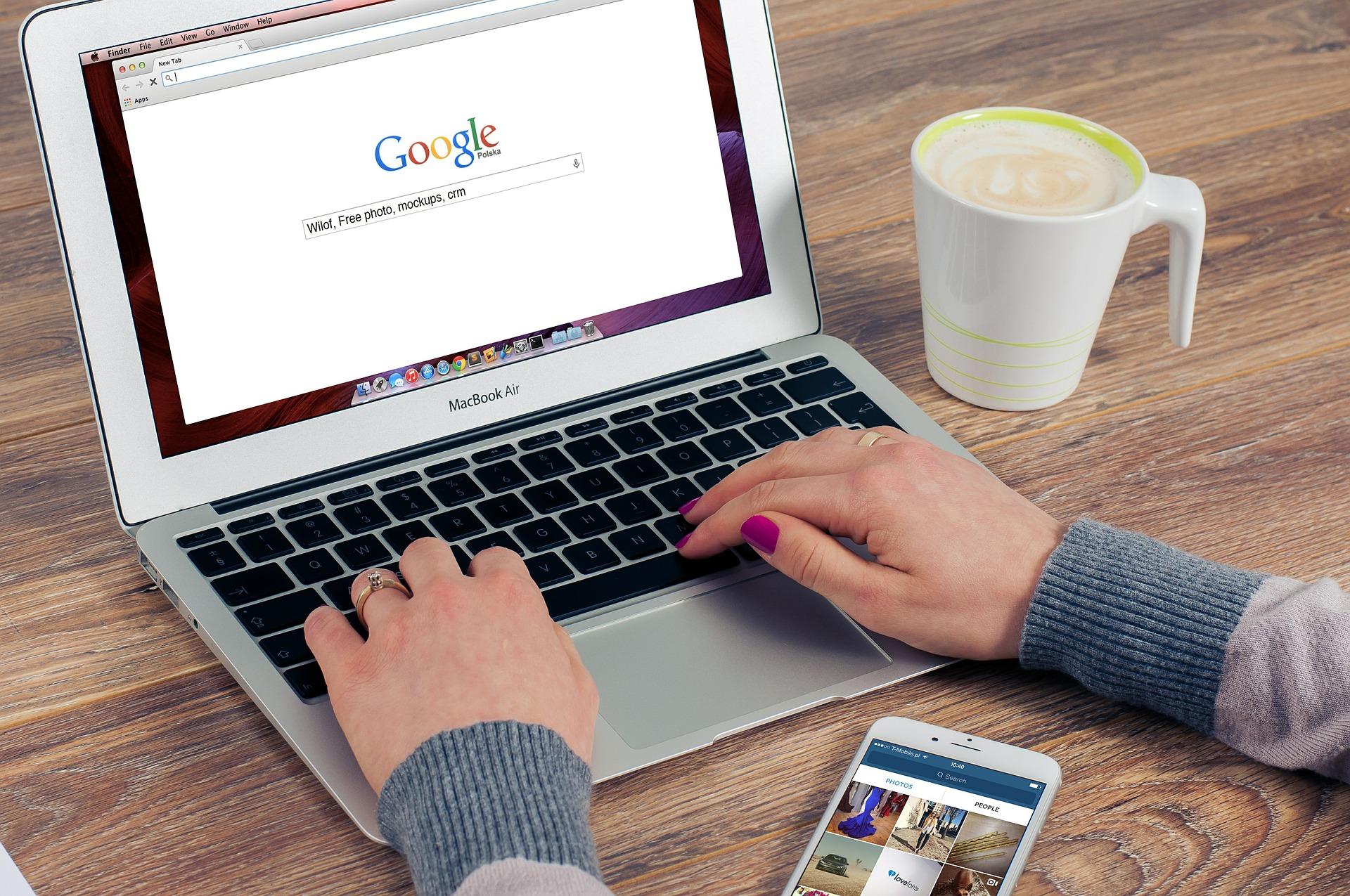 Vous êtes rédacteur web à domicile ? Vous ne vous y connaissez pas encore en référencement mais souhaitez rédiger des articles pour Scribeur ?